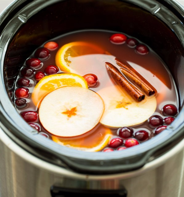 slow-cooker-cranberry-apple-cider-www-thereciperebel-com-1-of-8
